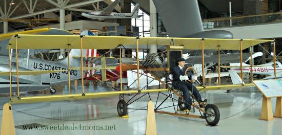aviation museum long plane