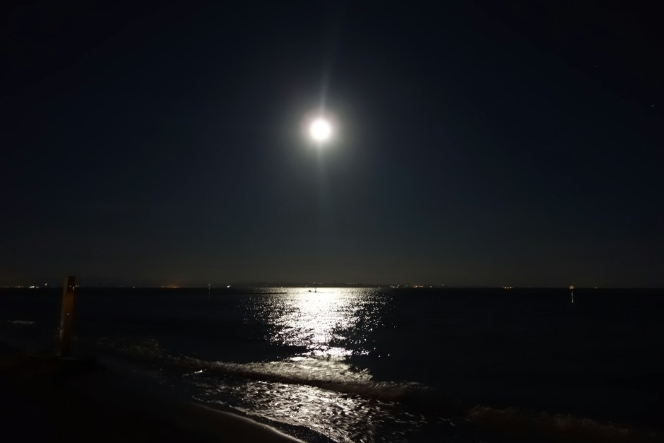 Full moon by the beach