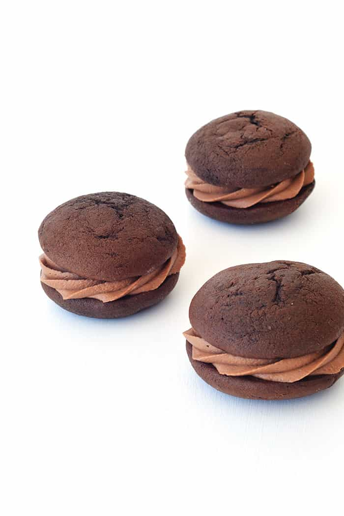 Nutella Stuffed Chocolate Whoopie Pies