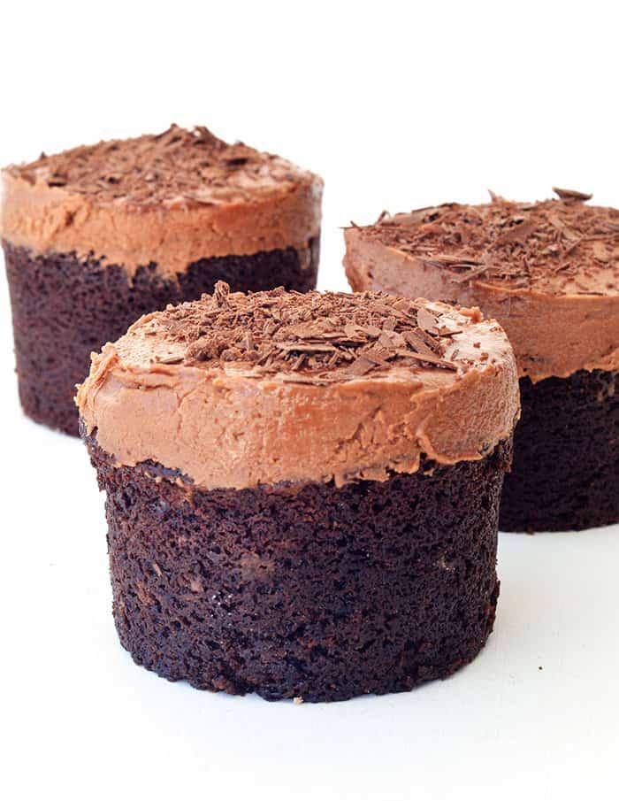 Mini Sour Cream Chocolate Cakes