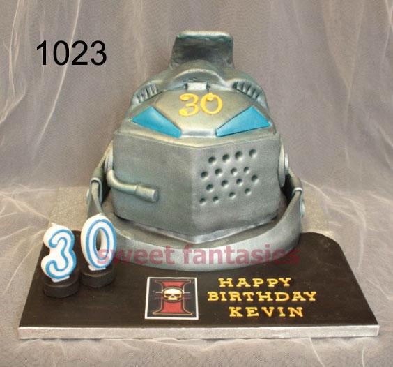 3d knights helmet, birthday cake
