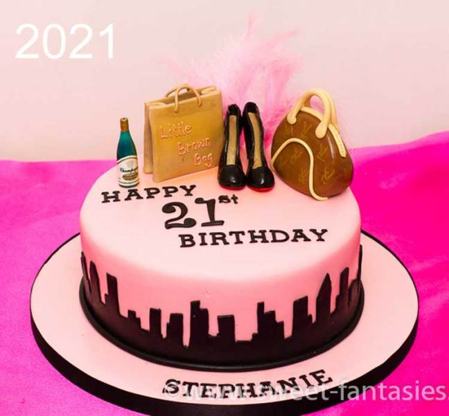 New York sky Line - Girls 21st birthday cake