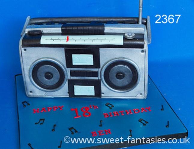 Radio - music birthday cake - sweet fantasies