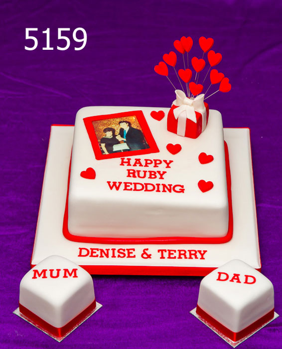 Ruby Wedding Anniversary Cake with Photo of the Couple