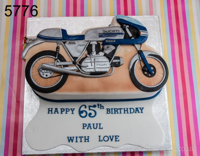 2D Vintage Motor Bike Birthday Cake