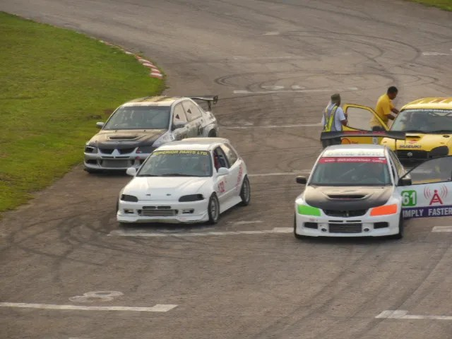 Motor Cars Dover Raceway