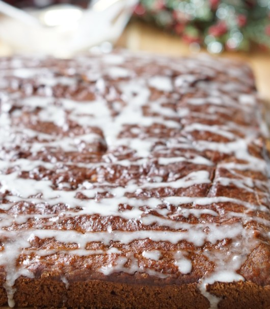 The Healthy Banana Gingerbread Cake recipe! It's Soft, Low Calorie and Refined Sugar Free, Flavorful, Tender and Moist! It's also super-easy to make!