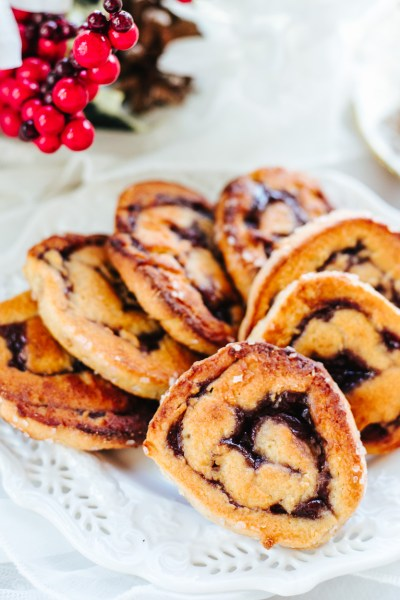 HEALTHY RASPBERRY PINWHEEL COOKIES!