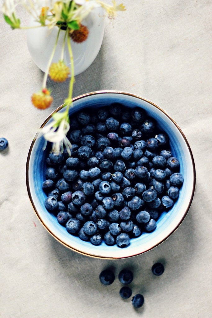 summer blueberries | via sweet miscellany