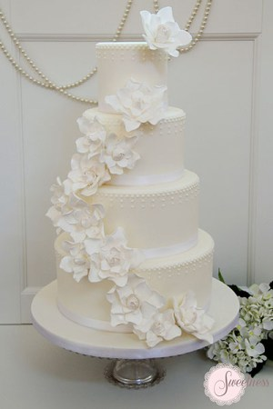 White wedding cakes, Gardenia wedding cakes, Wedding Cakes London
