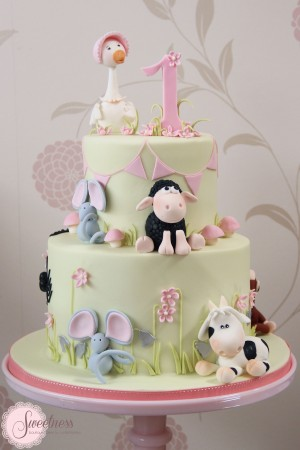 Nursery Rhyme cake, Children's cakes london, 1st birthday cakes london, mother goose cake