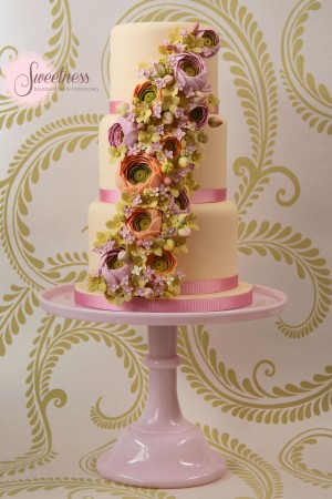 spring wedding cake,peach wedding cake, wedding cakes london, london wedding cake company