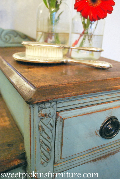 ... Furniture Pieces That I Have Worked On In The Past, Under The Veneer Is  Solid Pine Or Pine Planks. It Looks Great Stained Or Can Easily Be Painted.