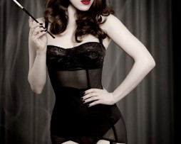 sweetpins-lingerie-kiss-me-deadly-vargas-suspender-dress