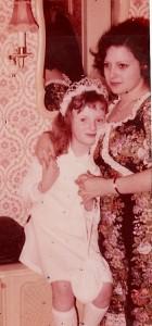 1974 Kommunion von Schwesterchen Marion