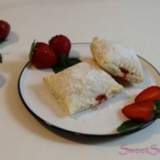 Blitzrezept: Erdbeer-Baileys-Taschen … (vegan)