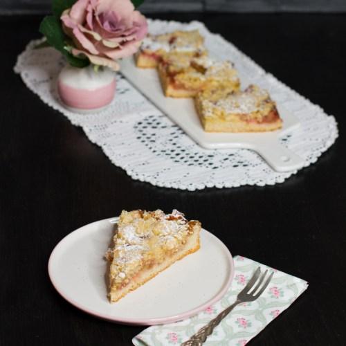 Rhabarber-Streuselkuchen mit Wein … (vegan)