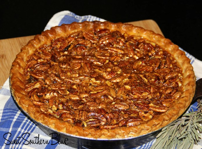 THE BEST SOUTHERN PECAN PIE EVER !