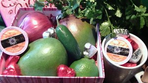 Mango Salsa Recipe Plus Some Fresh and Healthy Gift Ideas