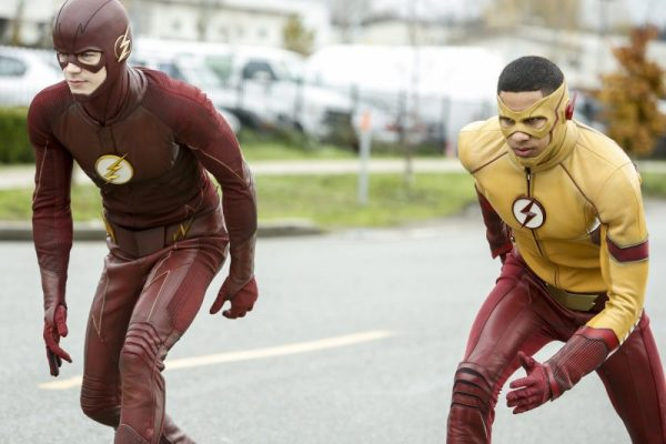 Review of the #1 Series on The CW THE FLASH:  THE COMPLETE THIRD SEASON