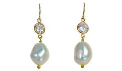 Rudas - White Pearl Earrings
