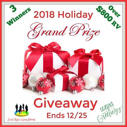 Three lucky readers WIN $800 in prizes when the 2018 Holiday Grand Prize Giveaway Ends 12/25 #SMGN #GiftGuide #Win #Winit #Sweeps #ContestAlert #Giveaway #GiveawayAlert #Prize #Free #Gift #Holiday #Christmas