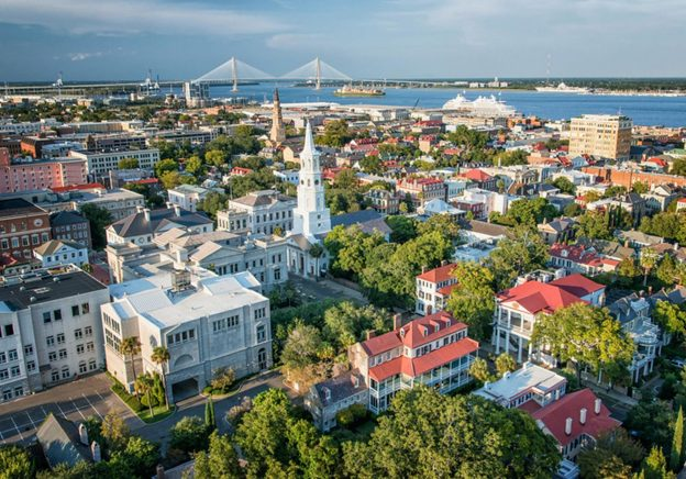 We take you on a tour around Charleston, the oldest city in the state of South Carolina.