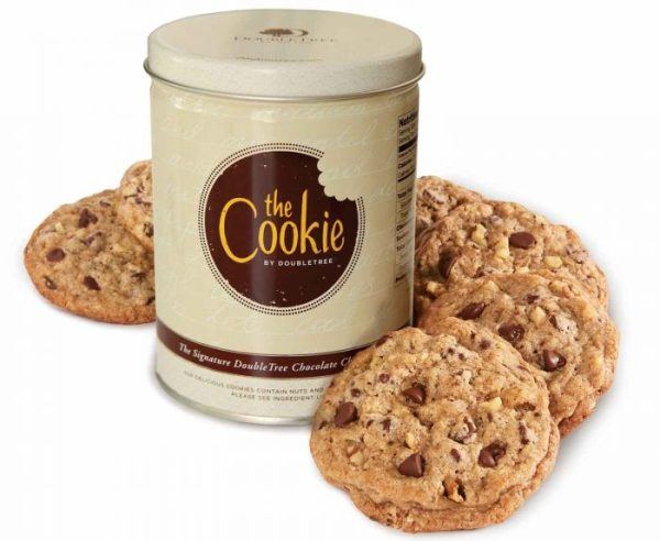 Thanks to this offical DoubleTree Cookie recipe, now at-home bakers can create the warm and comforting treat that has greated guests around the world in their own kitchens!