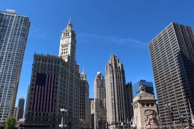 (L-C-R) The Wrigley Building, InterContinental Hotel (Medinah Athletic Club) & Tribune Tower with pilar of the DuSable Bridge