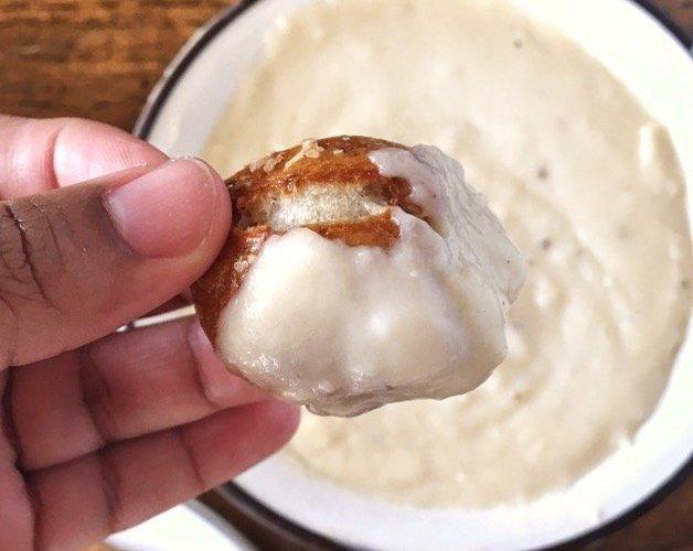 White Cheddar Cheese Sauce - Sweet Tea & Thyme