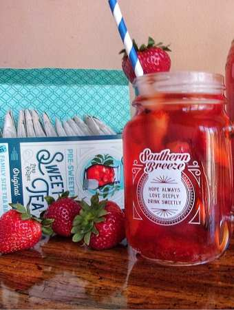 Southern Strawberry Sweet Tea w/ Southern Breeze