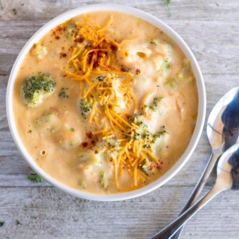 Broccoli Cheddar Soup (Panera Bread Copycat)