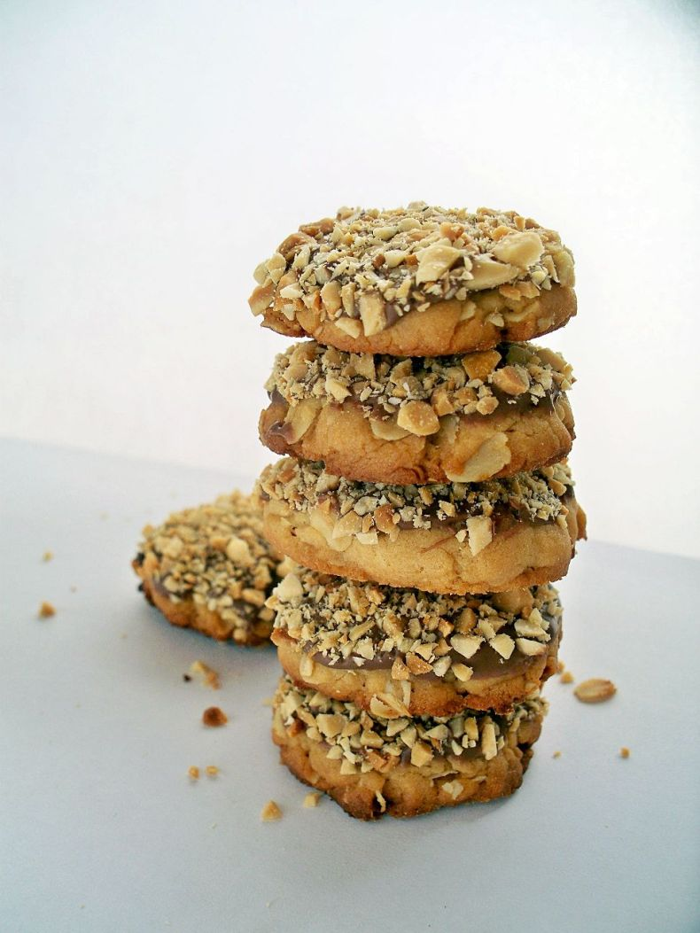 Peanut Butter Cookies {vegan}