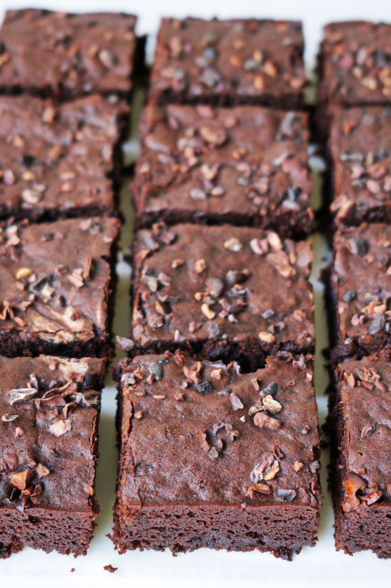 Vegan Aquafaba Brownies