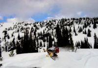 Гонки на снегоходах