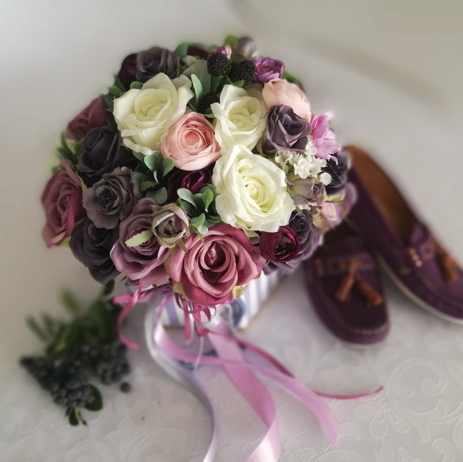 Flower box w jagodowym kolorze