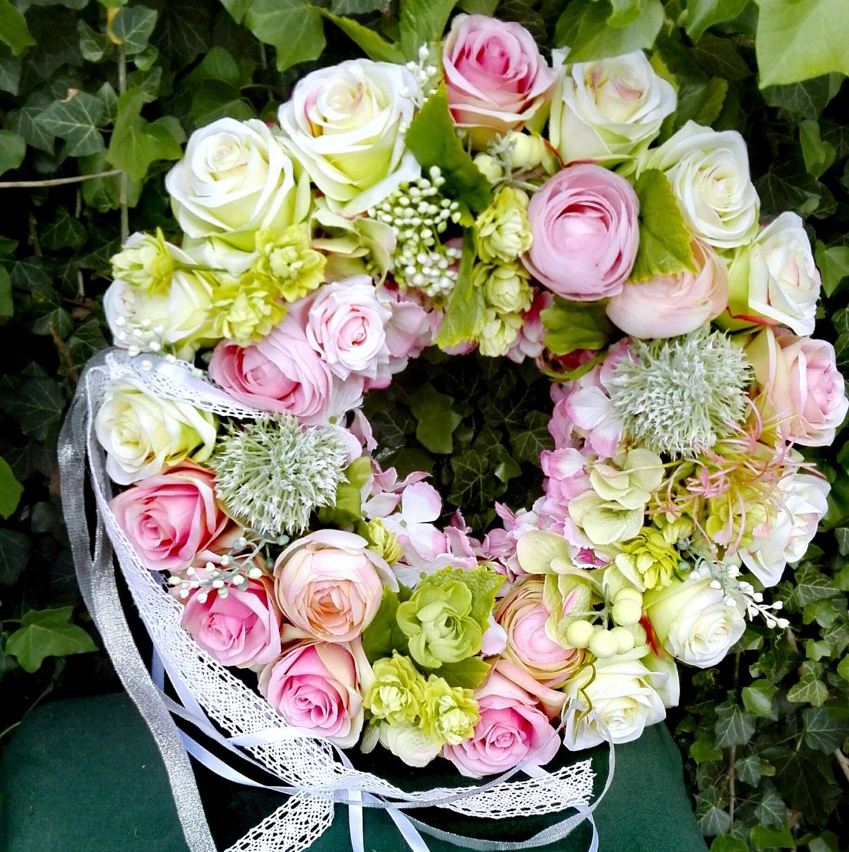 wianek zielono-różowy