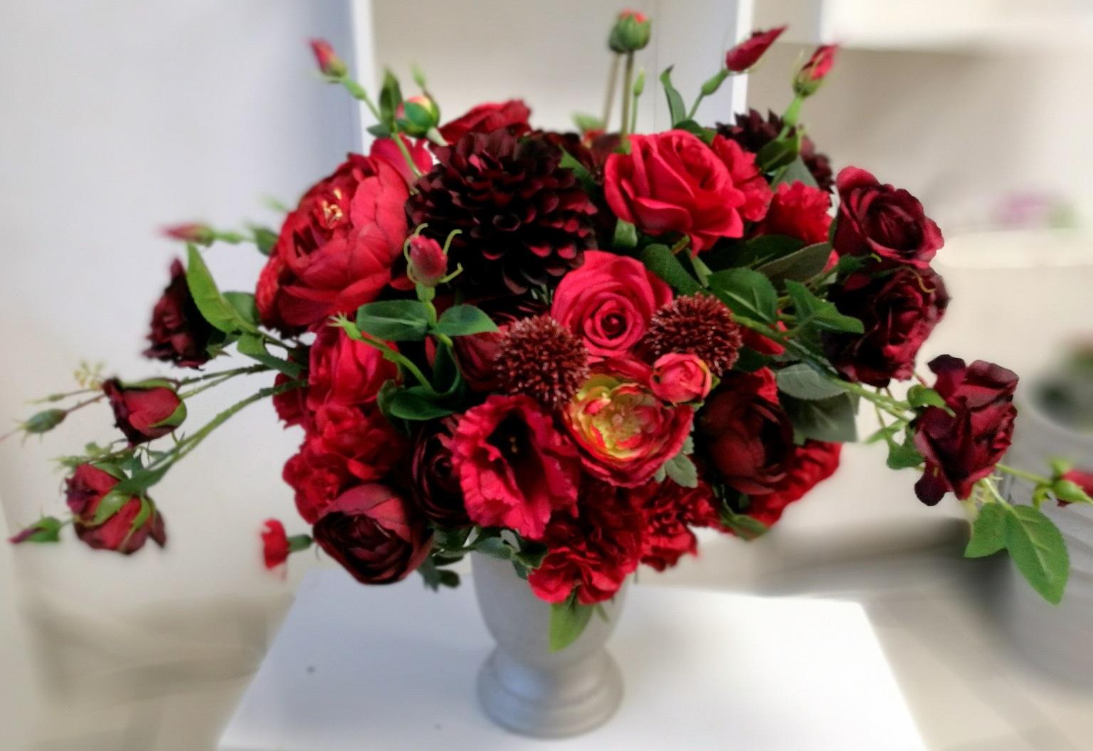 Kompozycja kwiatowa w czerwieni nr. 144