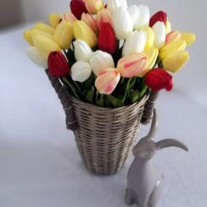 Kosz z kolorowymi tulipanami nr. 149