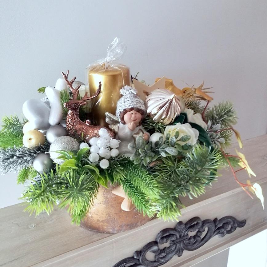 Bożonarodzeniowa dekoracja ze skrzatem nr 252