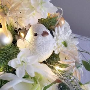 Piękna, biała dekoracja świąteczna nr 267