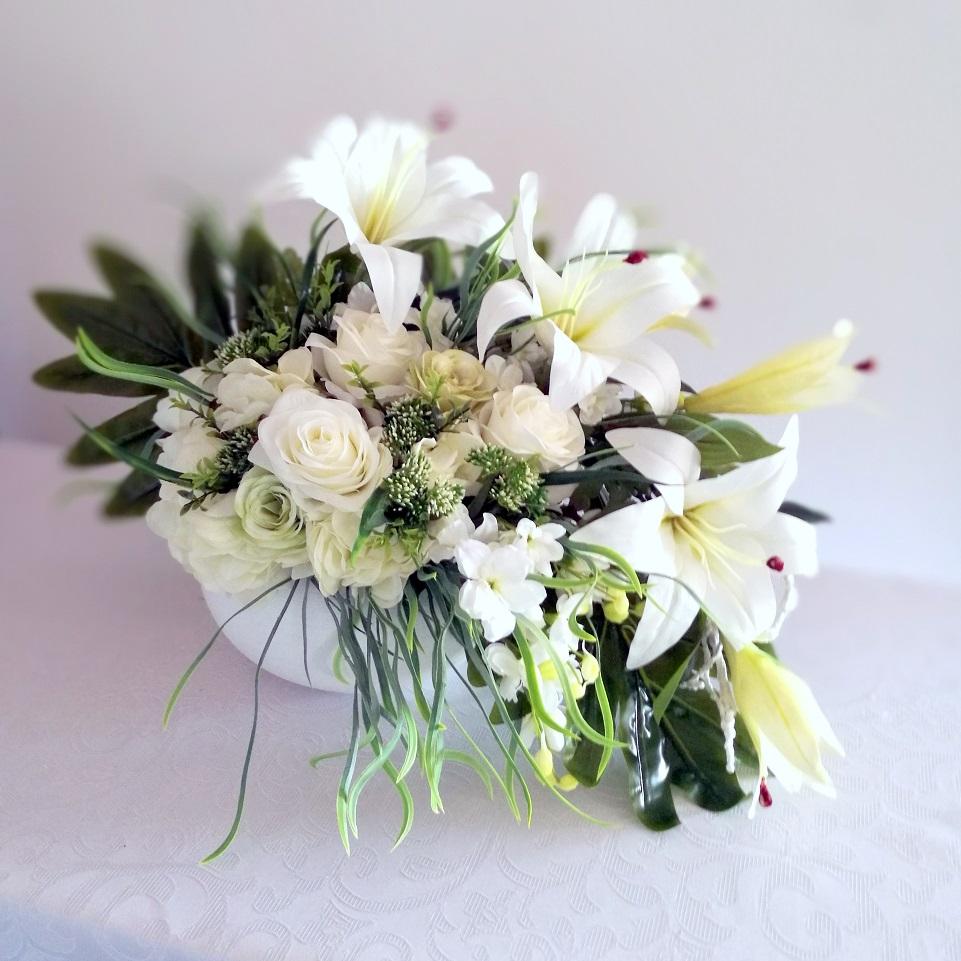 Dekoracja kwiatowa Niewinność nr 259