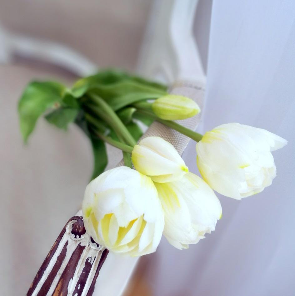 Gumowe tulipany biel bukiet
