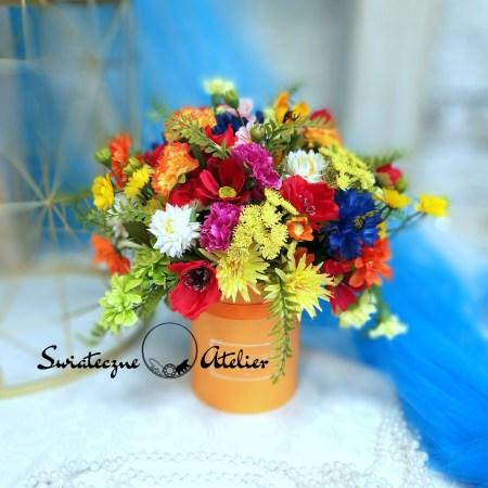 dekoracje z polnych kwiatów