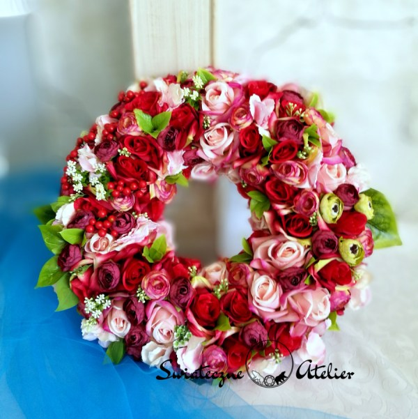 Zachwycające dekoracje kwiatowe