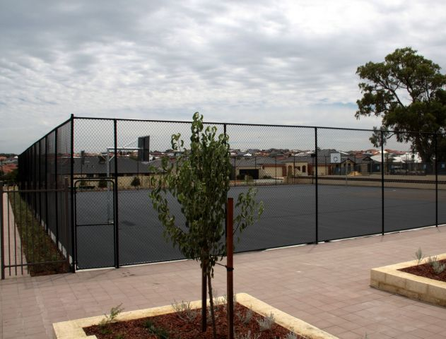 Pearsall Primary School sports courts