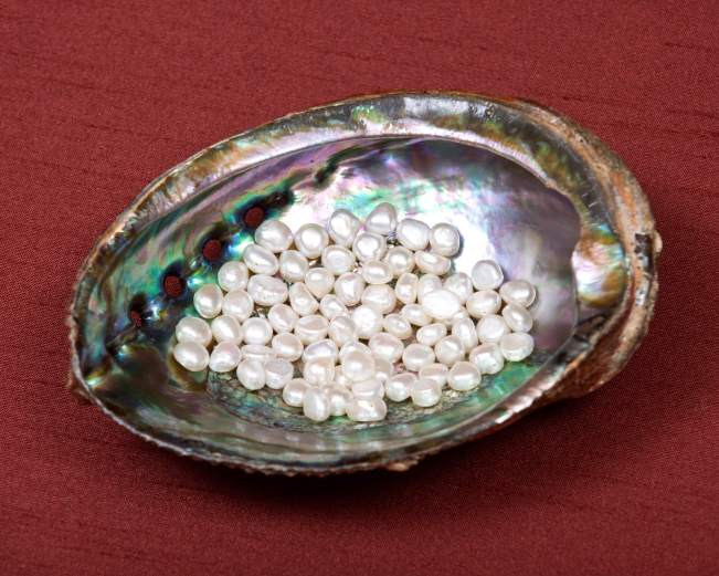 best items to buy in china pearls