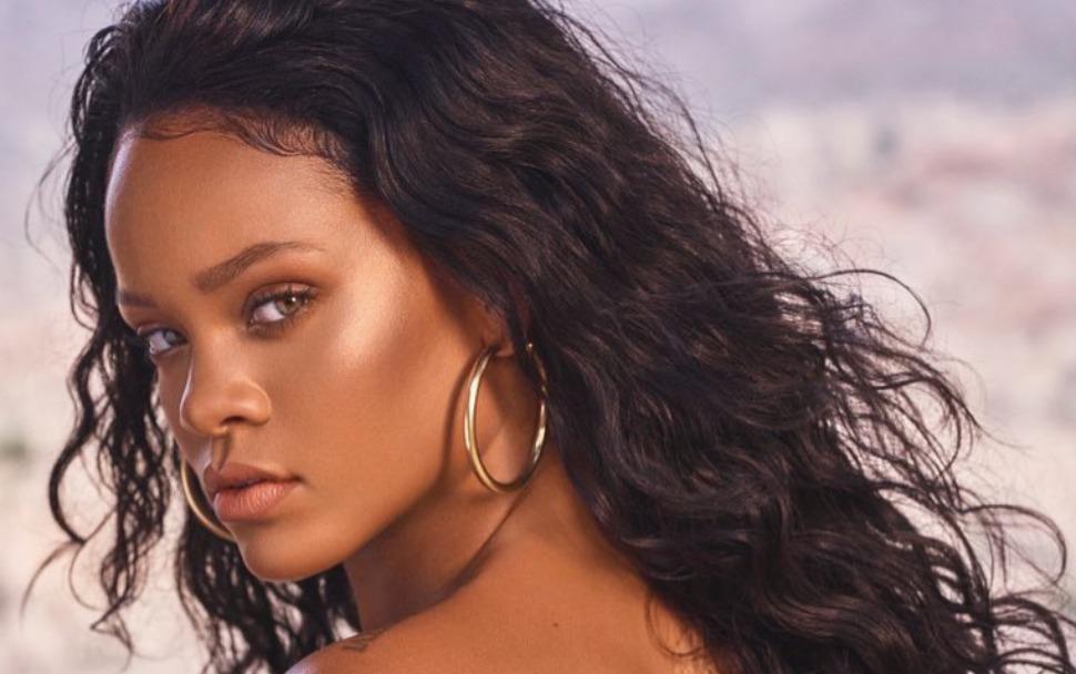 Résultats de recherche d'images pour «Rihanna vient de s'acheter une maison en France»