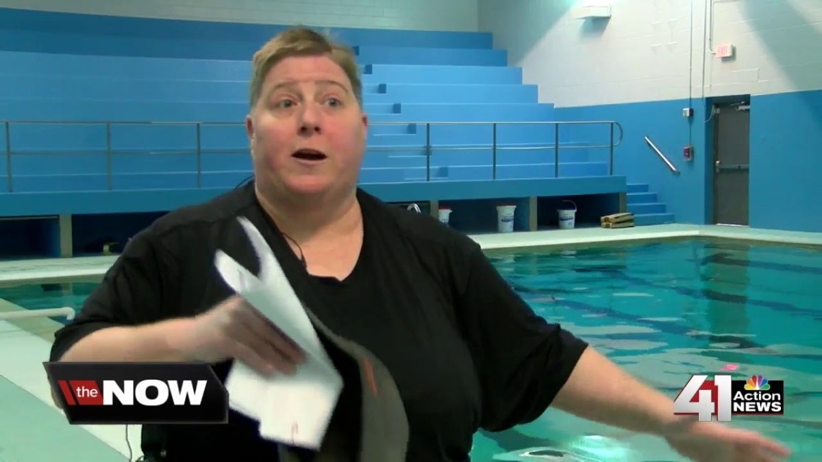 Pastors learn to swim for good cause