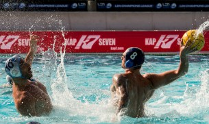 Brescia (white cap) vs Szolnoki (blue cap) 10 BERTOLI Zeno, 8 YOUNGER Aaron LEN Champions League Final Eight 2018 08/06/2018 Semi Final 5-8 Piscina Sciorba Genova Italy Photo © G.Scala/Deepbluemedia/inside